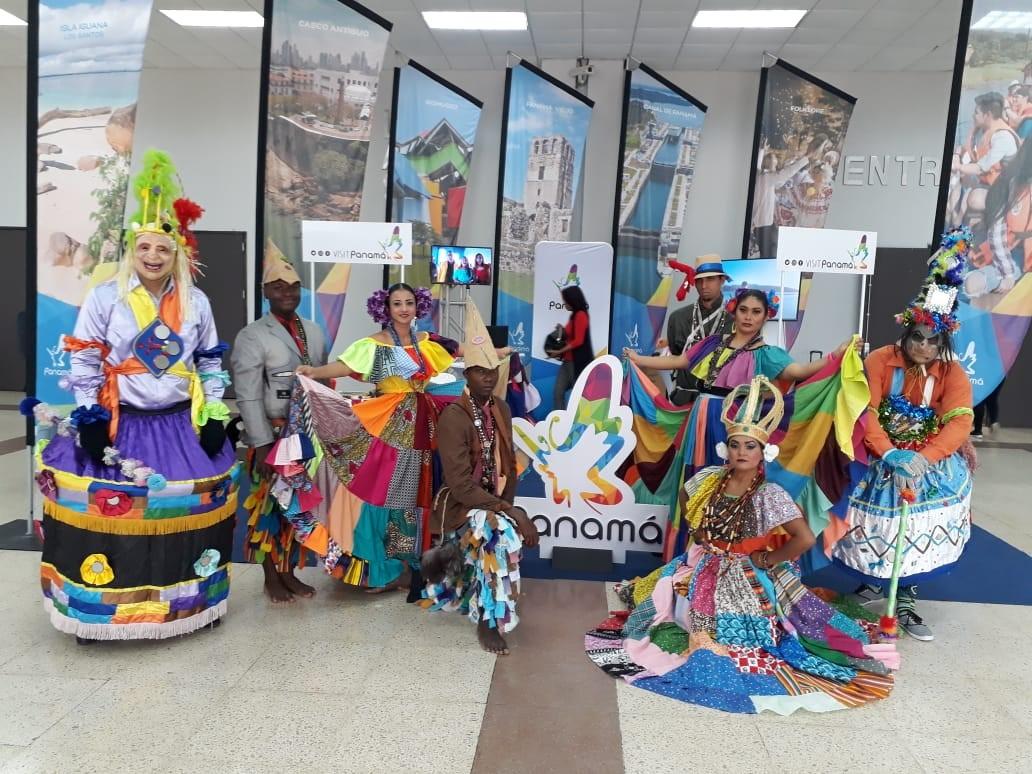 PANAMÁ - Academia de Danzas Folclórica Raíces Santeñas